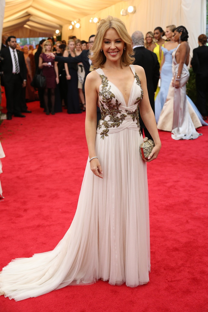 Kylie Minogue in Marchesa