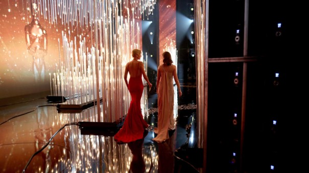 hbz-oscars-backstage-charlize-theron-emily-blunt